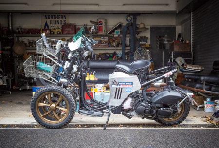 所さんがトリシティーをカスタムしたらマッドマックスなバイクに変身したぞ!