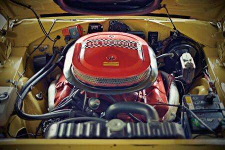 机には、置いておきたい、V8エンジン